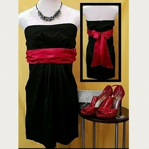 DEREK HEART Black strapless mini dress w/ red sash